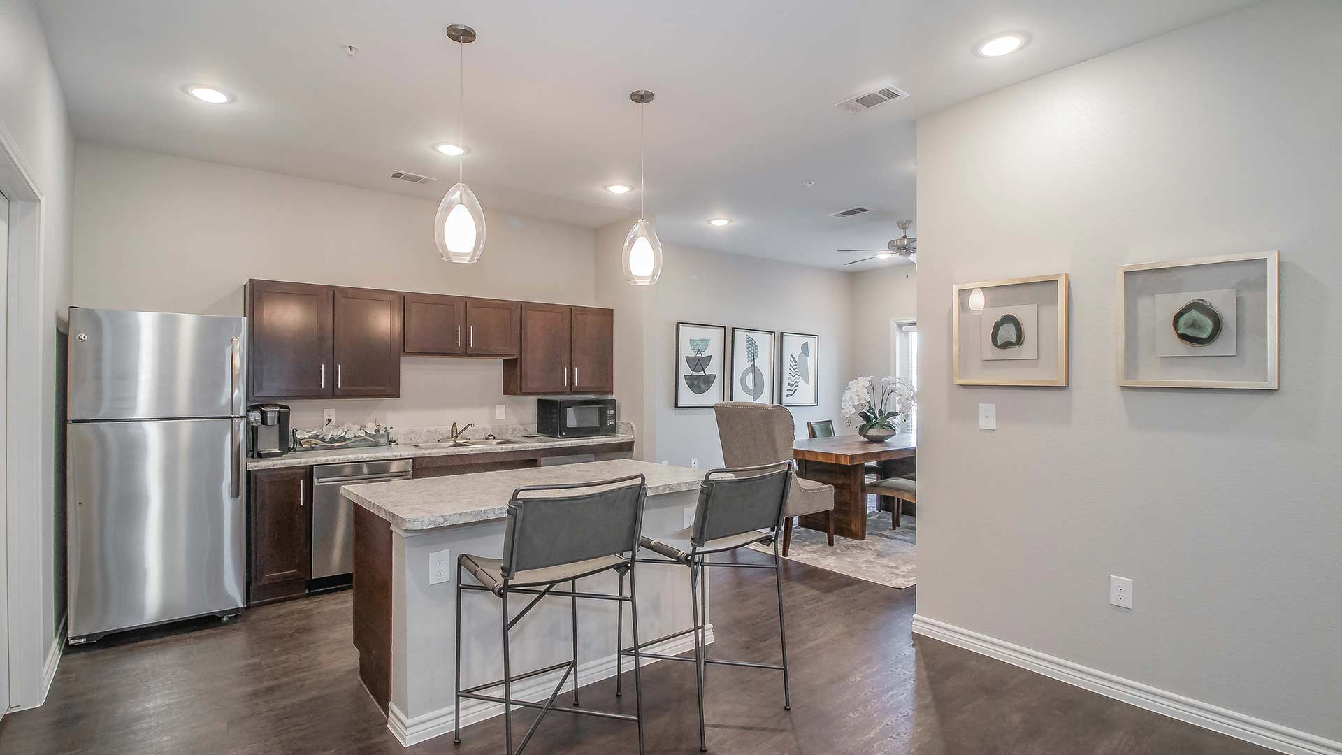 Forestwood Apartment Homes kitchen with breakfast bar